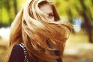 blurry girl