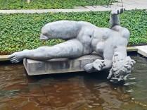 moma falling statue